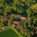 Červený dvůr and its beautiful surroundings 🙂 . . . . . . . . #vltavariver #vltavariverig #podkleti #section2ig …
