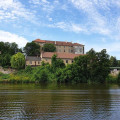 Beatiful renesance castle Nelahozeves - just 30 km from Prague 😊 . . . . #vltavariver #centralbohemia #section6ig …